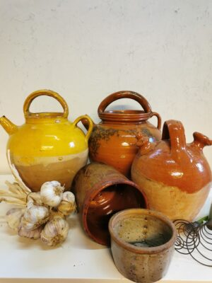 Old-time kitchenware